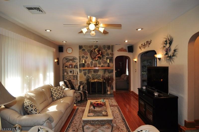 20 Hillcrest Avenue, Clifton, NJ 07013