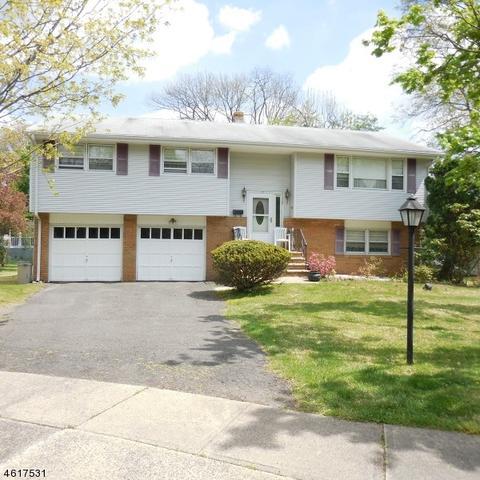 1128 Beechwood Ave, Middlesex NJ 08846
