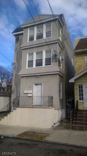 764 S 16th St, Newark, NJ 07103