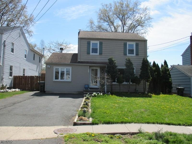 557 Valley Rd, Clark, NJ