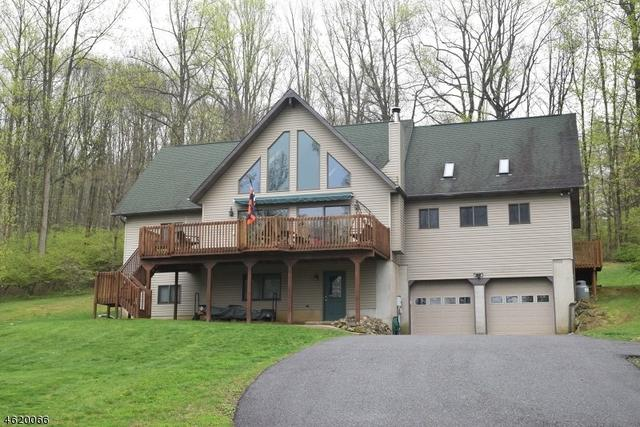 18 Reservoir Rd, Washington Twp., NJ 07853