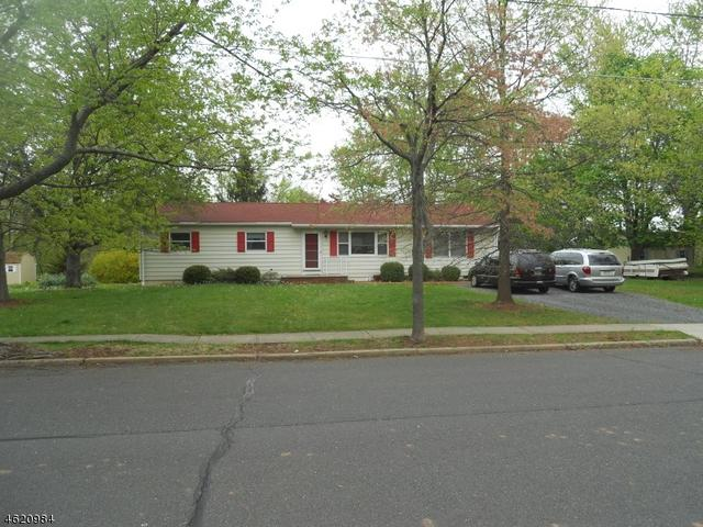 68 Meadowbrook Dr, Hillsborough NJ 08844