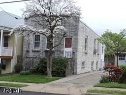 301 Grove St, Perth Amboy NJ 08861