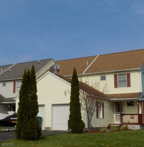 19 Lakeview Ter, Sussex, NJ
