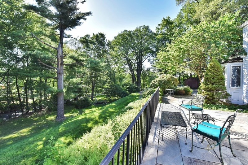 610 Old Chester Road, Chester Twp., NJ 07930