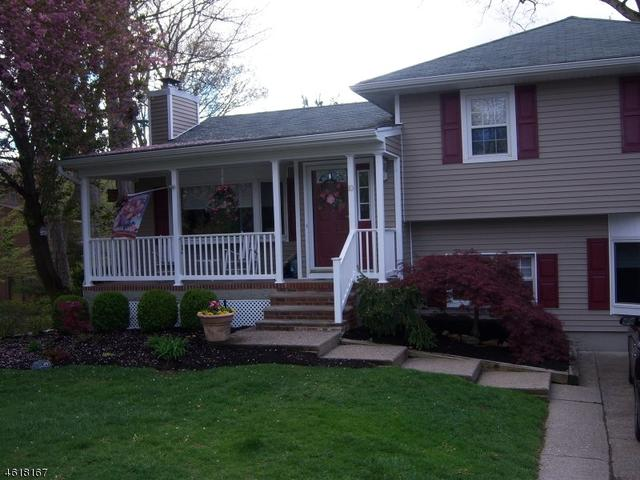 10 Lakeview Rd, Ringwood NJ 07456