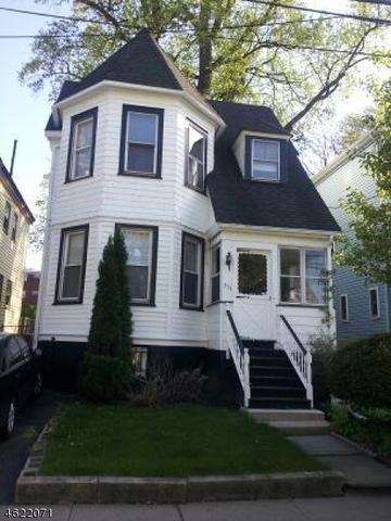 372 Hawthorne St, Orange, NJ 07050