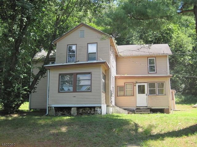 194 Axford Ave, Oxford, NJ 07863