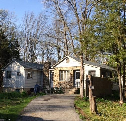 909 Cedar Dr, Newton, NJ 07860