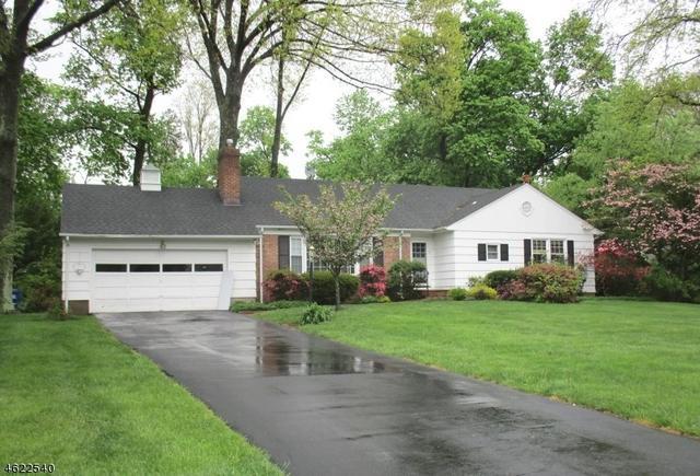 7 Oak Hill Rd, Chatham NJ 07928