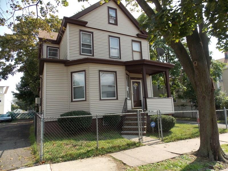385-389 E 19th St, Paterson, NJ 07524