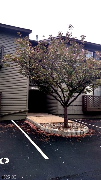 1409 Spruce Hills Drive, Glen Gardner, NJ 08826