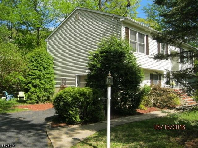 10 Appleseed Rd, Sussex, NJ 07461