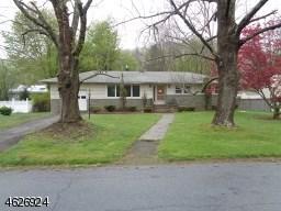 29 Richmond Rd, Stanhope, NJ