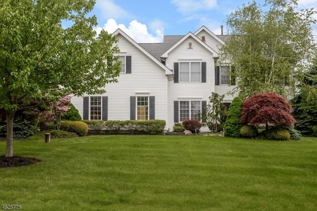 23 Wyckoff Dr, Pittstown, NJ