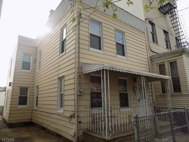 19 Storms Ave, Jersey City, NJ 07306
