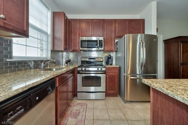 3104 Ramapo Ct, Riverdale NJ 07457