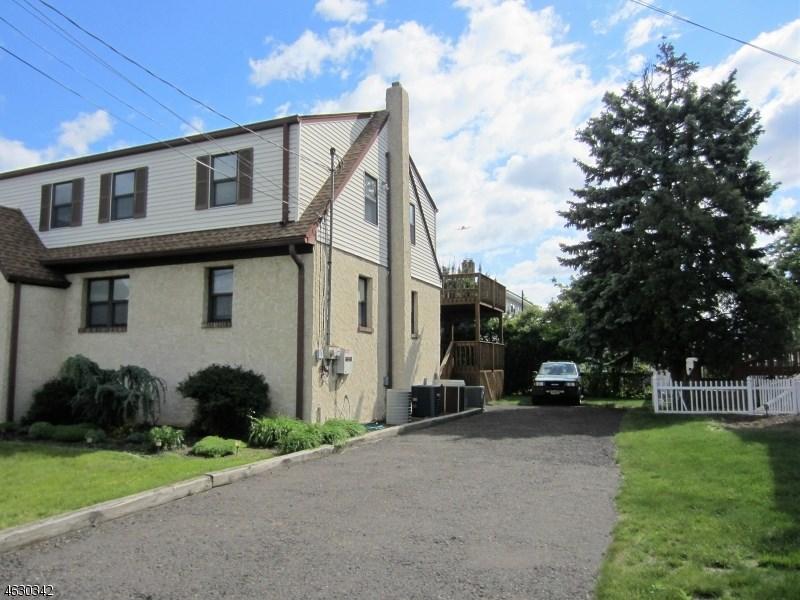 68 Dyer Avenue, South Hackensack, NJ 07606
