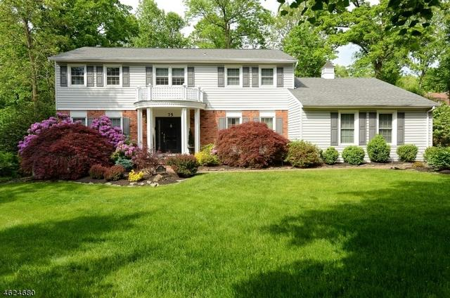 75 Runnymeade Rd, Berkeley Heights, NJ 07922