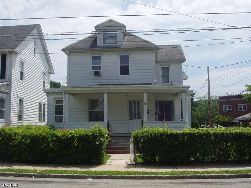 4 Oak St, Dover, NJ 07801