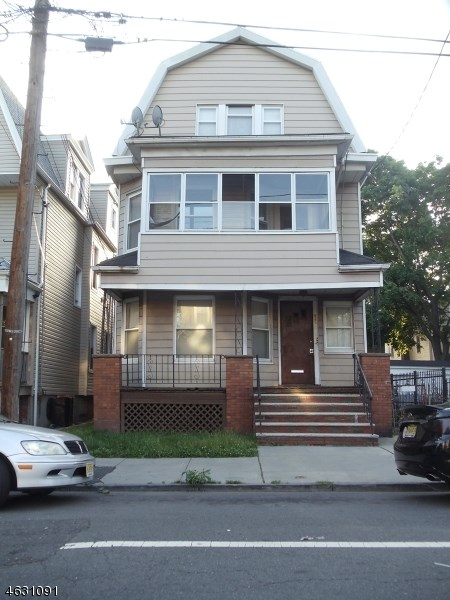 S 19th, Newark City, NJ 07108