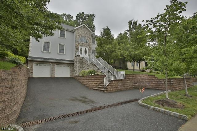 362 Valley Rd, Clifton, NJ 07013