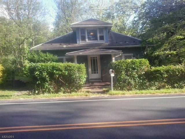 604 Route 627, Bloomsbury, NJ 08804