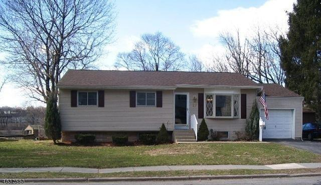 27 Mitchell Rd Hackettstown, NJ 07840