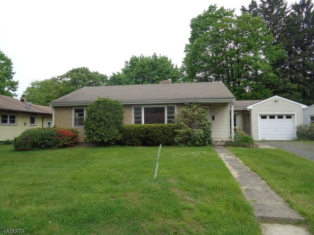 403 E Valley View Ave Hackettstown, NJ 07840