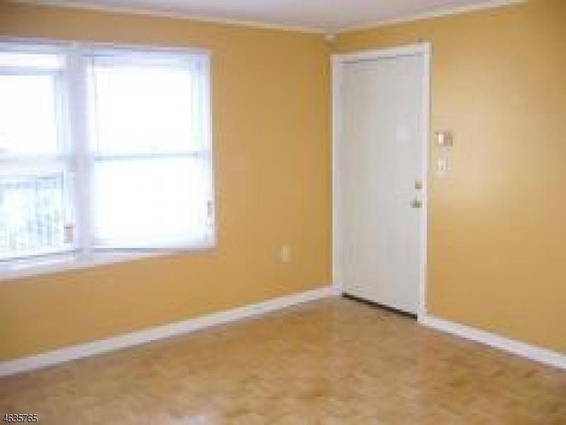 144-146 Littleton Avenue 2d, Newark City, NJ 07103