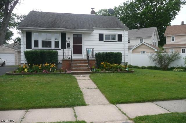 744 Woodland Ave Roselle Park, NJ 07204