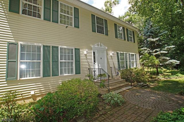 11 Maple Rd, Byram Township, NJ 07821