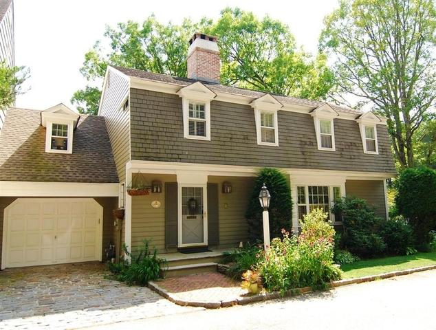 3 Eaglet Gln Hackettstown, NJ 07840
