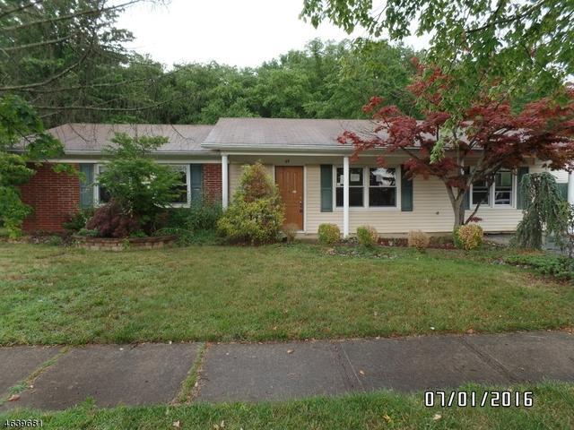 53 Forest Park Ter, Monroe Township, NJ 08831