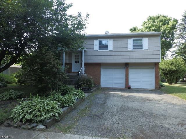 105 Ferris Pl, Hackettstown, NJ 07840