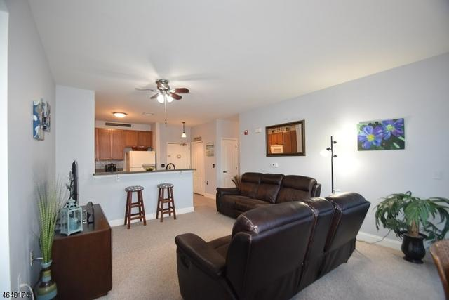 7105 Coventry Ct, Riverdale, NJ 07457