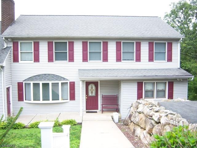 39 Lenape Rd, Ringwood, NJ 07456