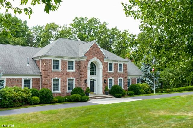720 Ashmont Rd, Franklin Lakes, NJ 07417