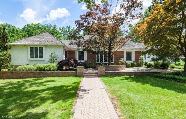 82 Tree Top Dr, Springfield, NJ 07081