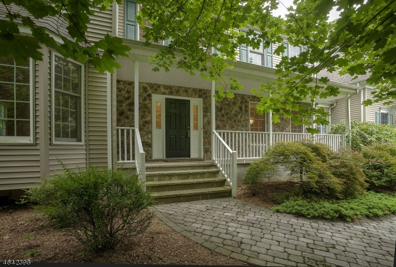 372 North Road, Chester, NJ 07930