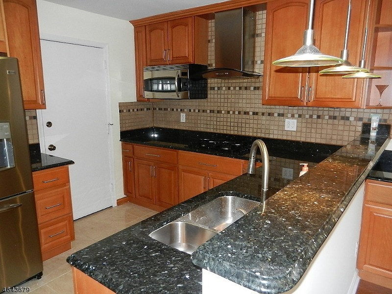 308 Jarvis Place, Somerset, NJ 08873
