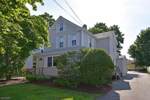 32 Washburn Pl, Caldwell, NJ 07006
