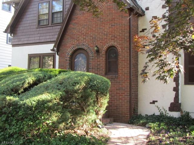 354 Washington St, Glen Ridge, NJ 07028
