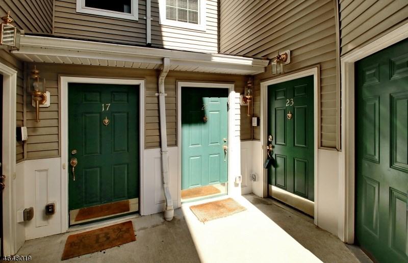 23 Rhodes Court, Hawthorne, NJ 07506