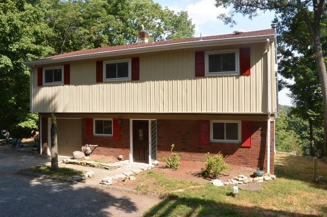175 W Lake Shore Dr, Rockaway, NJ 07866