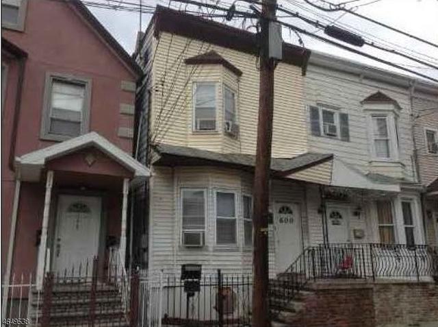 600 N 5th St, Newark, NJ 07107