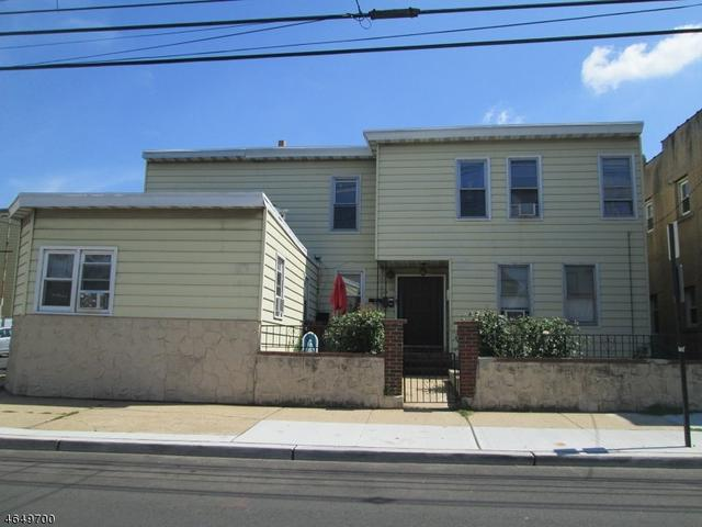 3 Rd Ave, Elizabeth City, NJ 07202