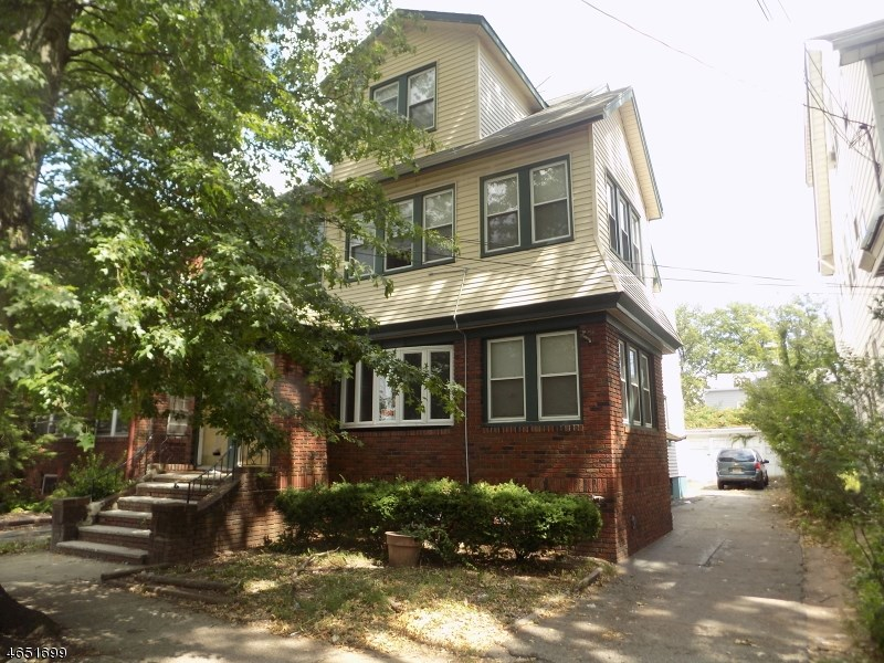 162 162 Eastern Pkwy, Newark, NJ 07106