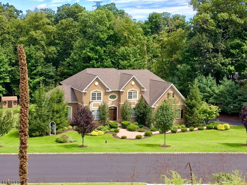 2 Catalina Drive, Sparta, NJ 07871