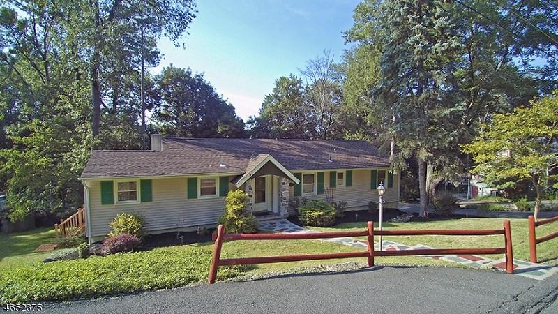 68 Glenside Trail, Sparta, NJ 07871